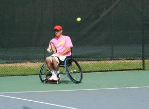 wheelchair-tennis-player